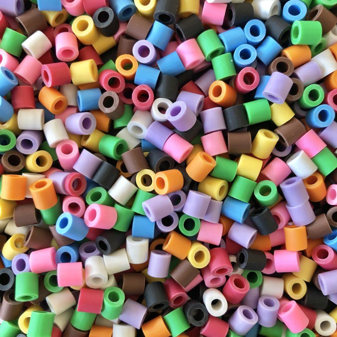 Tio färger mix rörpärlor